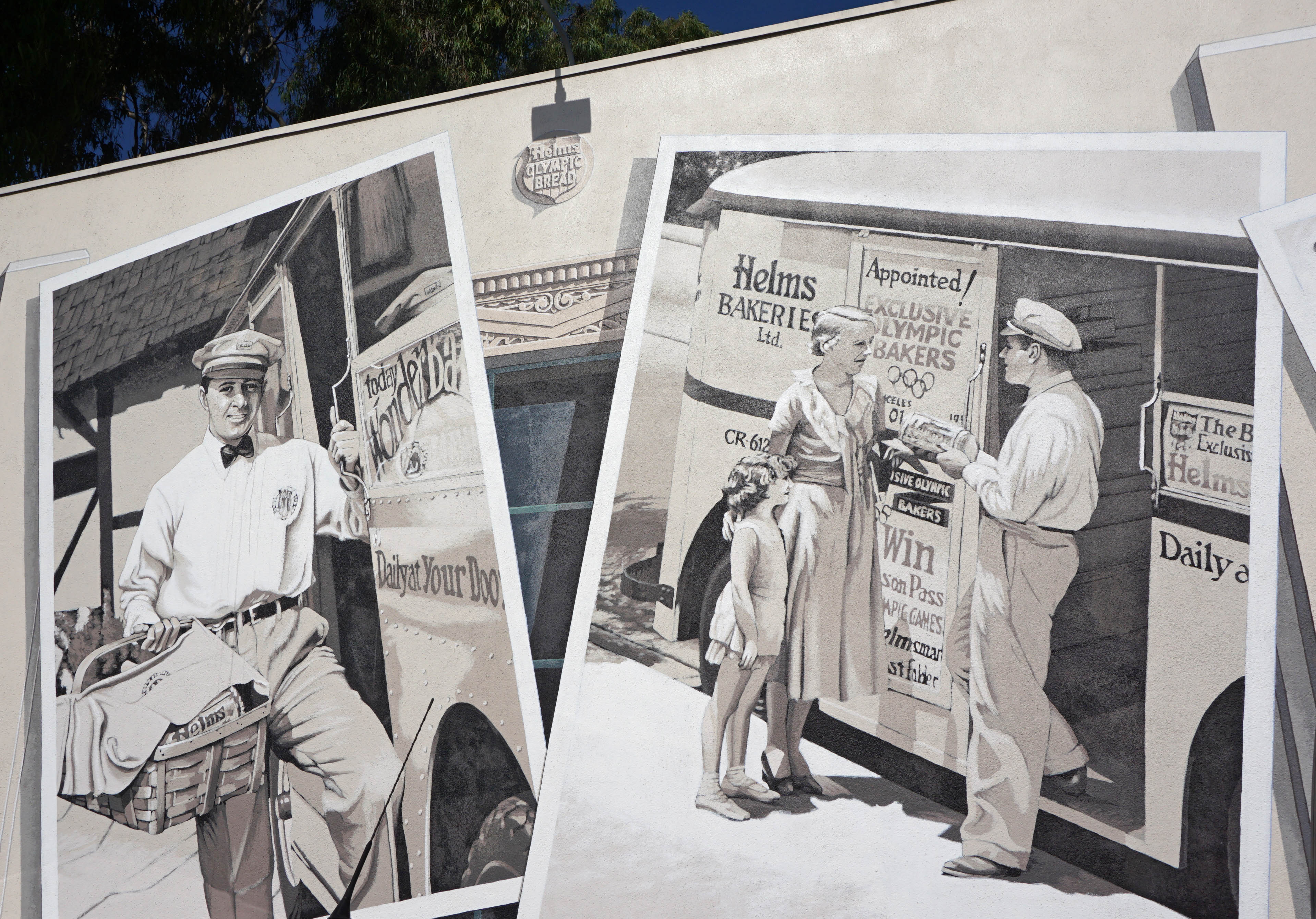 Helms Bakery, murals