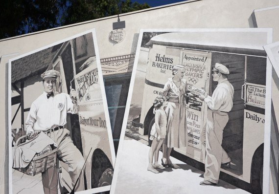Helms Bakery, murals